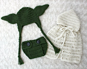 Yoda (Star Wars) Hat, Diaper Cover and Cape Set