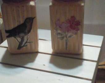 Simple but Cute Salt and Pepper Shakers  Birds and Flowers