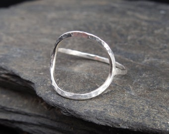 Full moon sterling silver ring (0.925), made at your size. Also in gold-filled. Hammered. Karma ring. Open Circle ring. Thin, stacking ring.