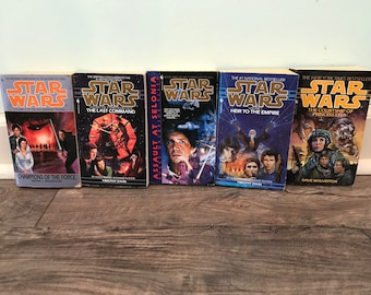 10 extended universe Star Wars paperback book