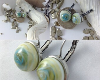 Dangle earrings short crimping flat steel stainless green ivory blue hand spun glass cabochon