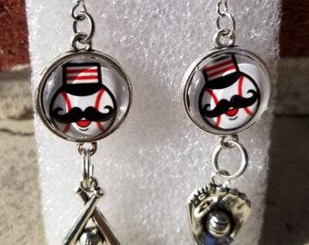 Reds dangling earrings