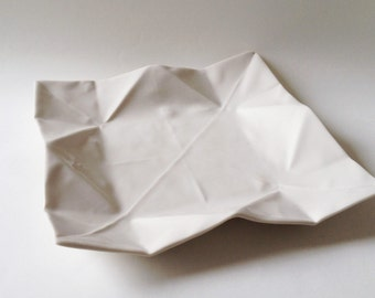 Origami porcelain plate small