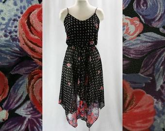Size 6 Sun Dress - Small Black Floral 70s Casual Dress - Roses Print Knit - Blouson - Handkerchief Hem - Summer Lolita - Bust 34 - 42189