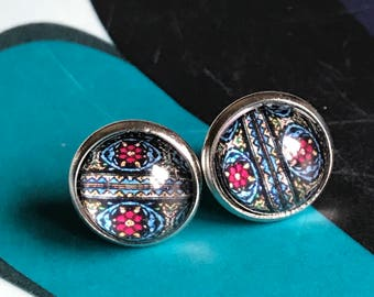 Blue and Red pattern cabochon earrings- 12mm