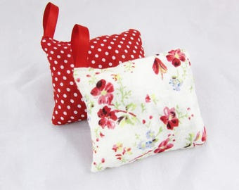 Duo of Red printamniers cushions with Lavender