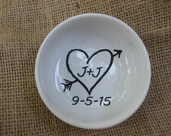 Personalized Ring & Jewelry Dish with Arrow Through Heart with Date