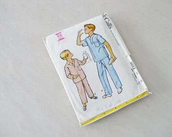 Vintage McCall's Pattern Boys' Pajamas 1959 Size 10 Sewing Craft Supplies
