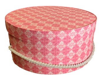 Hat Box in Pink and White, Ready to ship! Round Box, French Cottage Decor, Fabric Covered Box, Box w Lid, Keepsake Box, Decorative Box