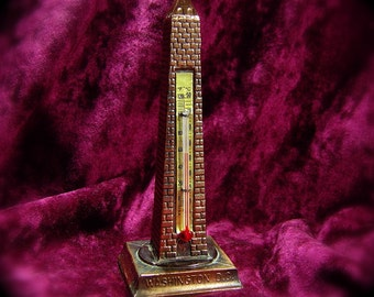 Souvenir  Washington Monument in Potmetal with Copper Plating and Thermometer