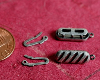 Clasp, fishhook, antiqued silver, 15x6mm double-sided oval, 4 pcs (item ID FA1144FN)