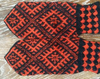 Traditional ethnic Latvian handmade mittens