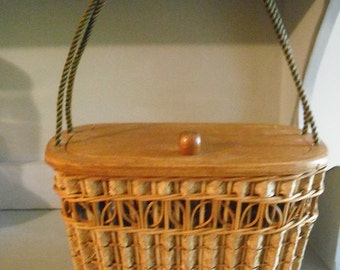 Awesome Vintage Woven wicker rattan wooden Box PURSE ~~ sewing basket ~~ wood handbag