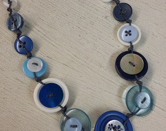 Shell buttons and ceramic beads necklace