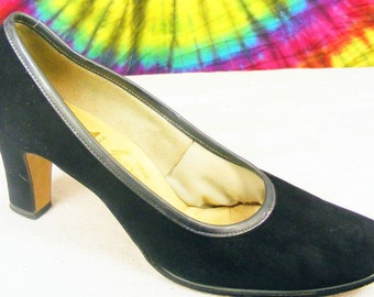 5-5.5 vintage 60's black suede leather Valley heels pumps shoes narrow