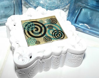 Swirl Whimsy Baroque Marble Curio Box