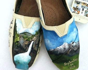 Bride's Love Story Shoes Outdoor Wedding Bride's Gift Personalized Shoes Bridal Wedding Flats Shower Gift Painted Shoes Hiking Memories
