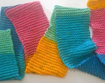 Handmade Knitted Scarf // Gerber Daisy