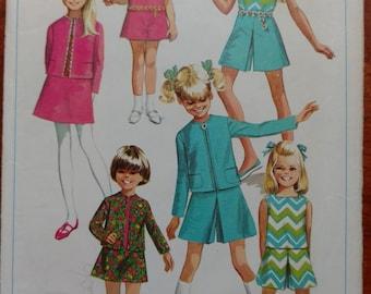 Vintage 1968 Simplicity Girls Pattern #7566 Size 4 Bust 23