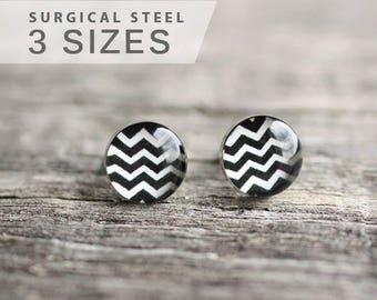 Chevron earring, Geometric earring stud, black and white earring post, surgical steel earring stud, minimalist earrings, elegant earrings