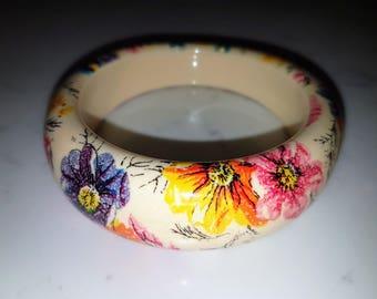 Vintage Boho Chic bracelet, flower print.