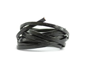 Lace / cord / leather flat - width 3 mm / Ep. : 1 mm - cord color black leather (sold by the yard)