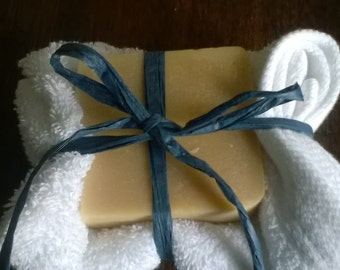 Handmade Goats Milk Soap with 100% cotton flannel