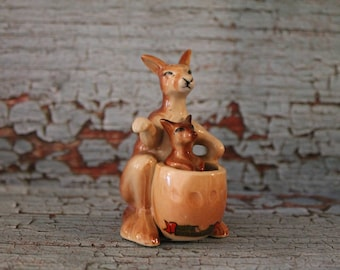 Vintage Mama and Baby Roo Salt & Pepper Shakers