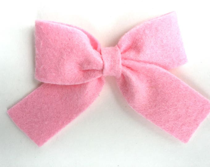 Light pink hair bow - felt bow, hair bows, bows, hair bow, hair clips, felt hair clip, hair clip, hair clips for girls, baby bows, pink bow