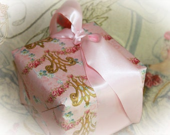 Wrapping Paper, Gift Wrap Marie Antoinette 4 Sheet Set Choose from a Variety of Designs