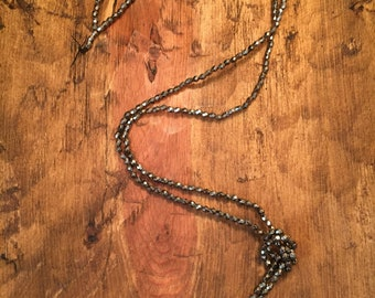 Simple, beaded statment necklace
