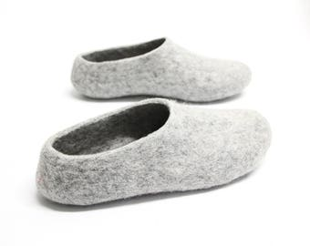 Gray felt slippers Men Wool Slippers House Men Shoes, Felted Slippers House shoes Women Grey Gray Slippers Felt Organic Warm cozy Gift Dad