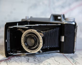 Vintage Kodak Tourist Bellows Camera with Kodet Lens