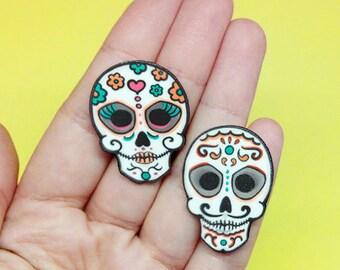 Sugar skull pin, Calavera brooch, Day of the dead, Halloween lapel pin, Dia de los muertos