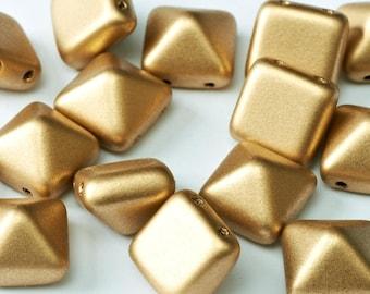 25 pcs Pyramid Beads 12mm - 2 Hole Beads. 12mm Pyramid. 2 Stud Beads. 2 Hole Stud. Two Hole Czech Glass Beads