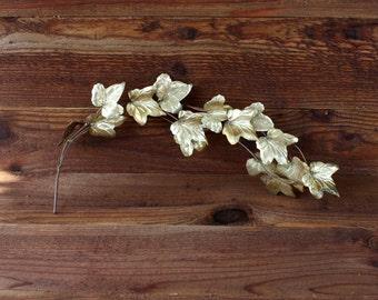Vintage Brass Leaf Decor/Wall Hanging