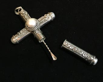 Sterling Silver Cruel Intentions Cross With Pearls