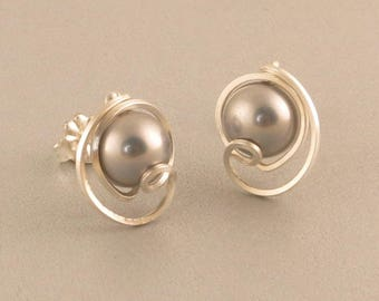 Gray Pearl Silver Post Earrings, Unique Asymmetrical Gray Pearl Wire Wrapped Earrings, Argentium Silver Post Earrings, Pearl Jewelry Gray