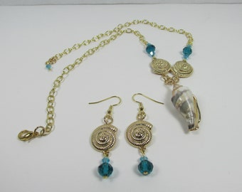 NATURAL Conch Shell Necklace Set Gold on Chain