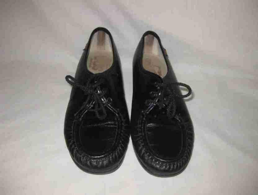 d18739a09ec Womens Size 8.5 SAS Black Tie Loafer Shoes