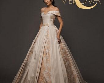 Plus size wedding dress | Etsy
