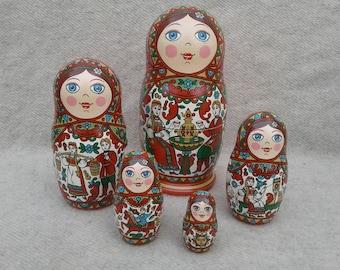 "Russian nesting doll. Matryoshka ""Love story"". Babushka doll, set of 5."