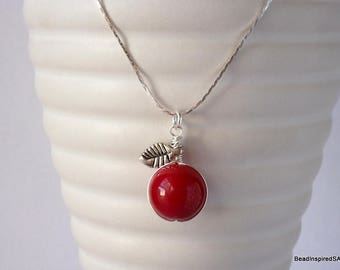 Red Apple Necklace, Teacher Gift for Her, Teacher Apple Jewellery, Teacher Appreciation, Teacher Necklace, Gift for Teacher, Food Jewellery