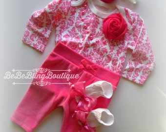 Newborn Baby GIrl Outfit Baby Girl Pants Set Pink Complete Clothing Set Baby Girl Diva Clothing Baby Girl Shower Gift Pearls Rosettes