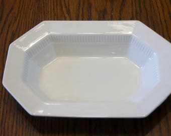 """Independence Ironstone Octagon Vegetable Bowl by Castleton 9"""" x 6"""""""