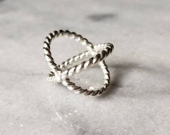 Sterling silver heavy twisted rope double band ring, x-ring, criss-cross ring, size 8.