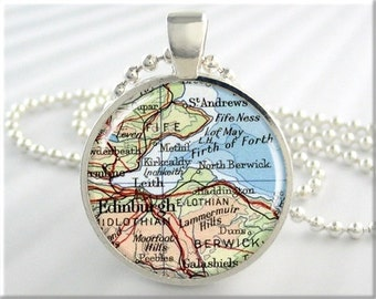 Edinburgh Map Pendant, Resin Charm, Edinburgh Scotland Map Necklace, Picture Jewelry, Map Charm, Round Silver, Travel Gift 416RS