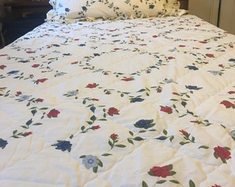 Vintage Style Quilted Bedspread and Pillowcase