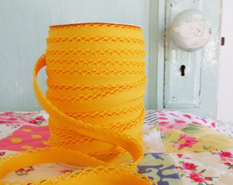 Yellow Crochet Edge Double Fold Bias Tape  (No. 36)