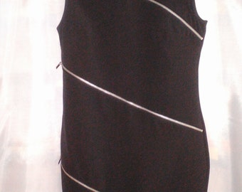 Black elegant dress with zippers in front